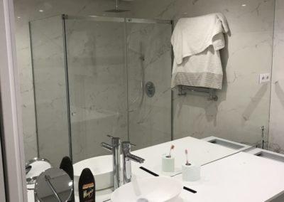 Forrado completo de pared en espejo
