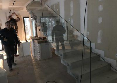 Barandilla vidrio templado abotonada - Mirasierra